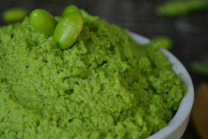Vegan Edamame Spinach Hummus (oil-free)