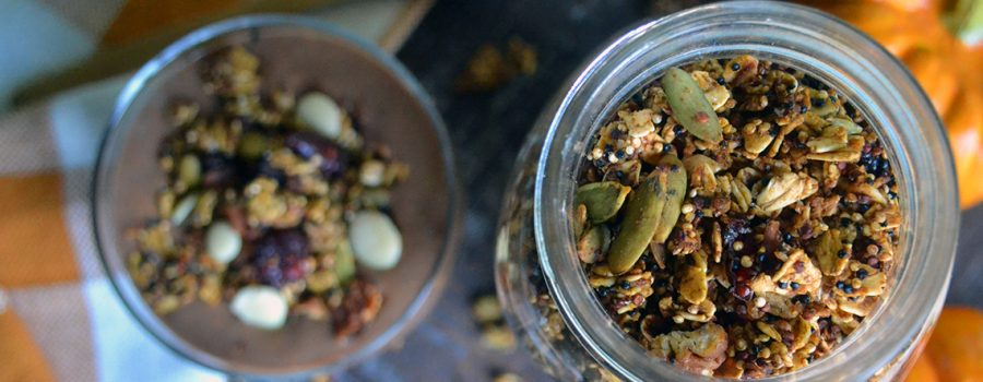 Healthy Vegan Pumpkin Granola (Oil-free)